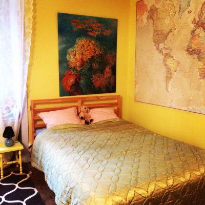 Les Filles Tresy-Valentine-gele kamer